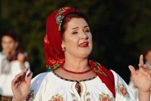 Adriana Bucevschi – Hora mea de acasa